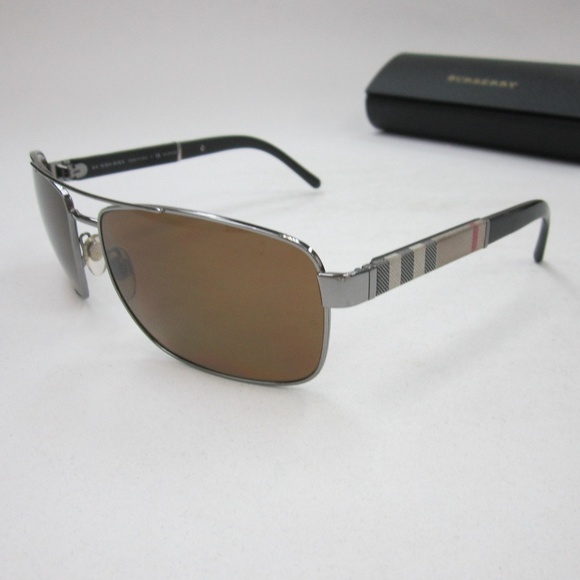 9842df1884fa Burberry Other - Burberry B 3081 Aviator Sunglasses  Italy OLI741